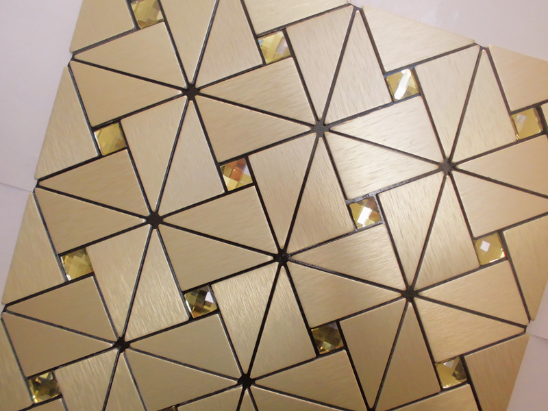 enlarged photo of the metallic mosaic tile aluminum stainless steel